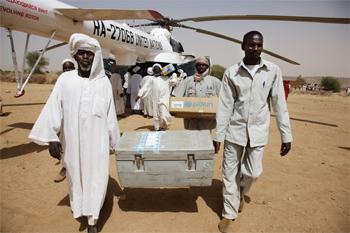 img_unamid_food_aid_sudan_march_2011_350x233px