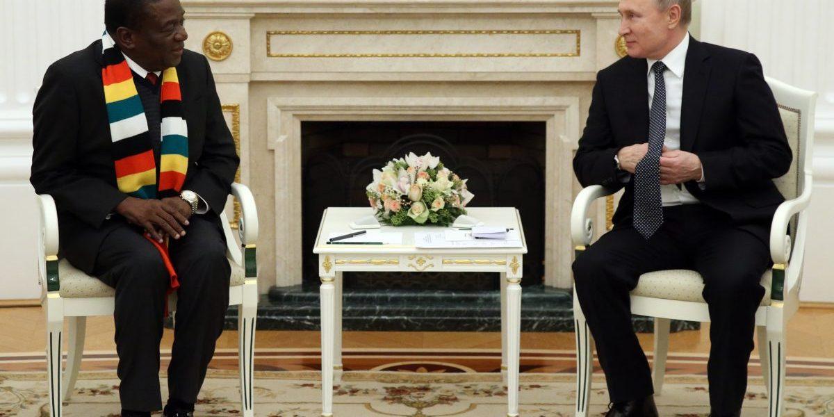Russian President Vladimir Putin (R) greets President of Zimbabwe Emmerson Mnangagwa (L) during their meeting in Moscow, Russia, January, 15, 2019. Image: Getty, Mikhail Svetlov