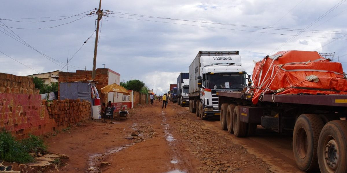 Lorries blocked in Kasumbalesa, a Congolese town at the border between Democratic Republic of Congo and Zambia, 13 February 2014. Image: Getty, UCIEN KAHOZI/AFP