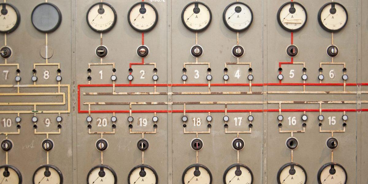 Power plant console panel. Image: Getty, Wakila