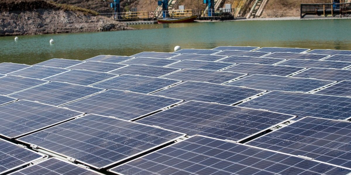View of a floating solar plant of 256 photovoltaic panels installed on a floating platform on mine tailings of the mining company Anglo American in Colina some 35 km north of Santiago, Chile. Image: Getty, Martin Bernetti/AFP